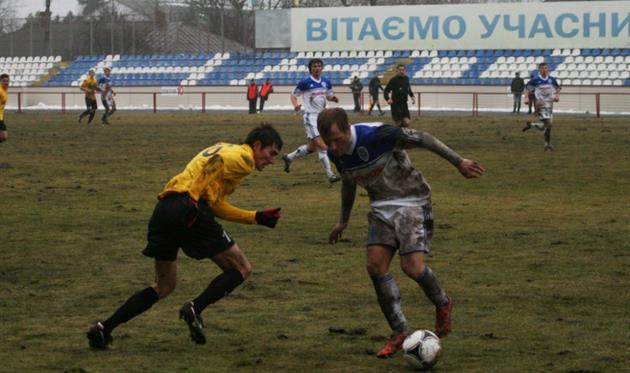 В сумском дерби - уже три гола и очень интересная, быстрая игра, фото fcnaftovyk.com.ua