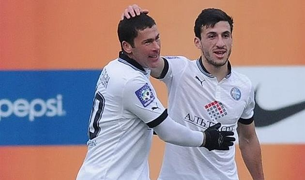 Владислав Гельзин (слева), Football.ua