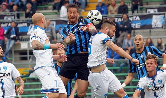 Херман Денис против Лоренцо Тонелли (правее), Getty Images