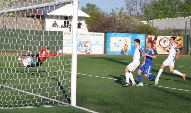 В центральном матче тура было два гола и много интриги, фото Г.Криворучко, fckremen.com