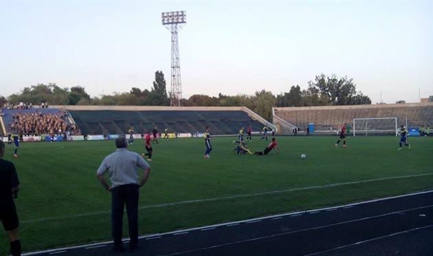 Один из ключевых моментов матча – Подколзин сбивает Деревлева ценой удаления, фото veres.club