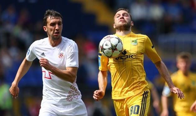 Вячеслав Шарпар (слева), Football.ua