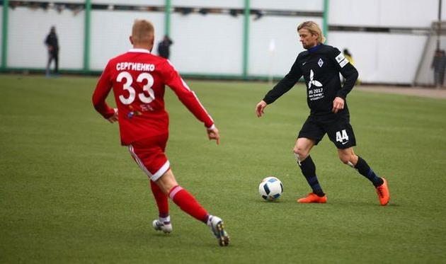Анатолий Тимощук в игре с Акжайыком