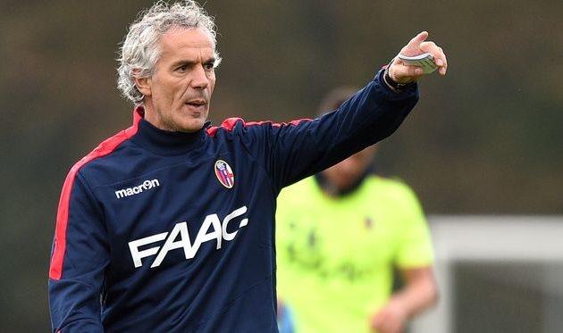 Тренер Болоньи сломал руку в порыве ярости из-за поражения