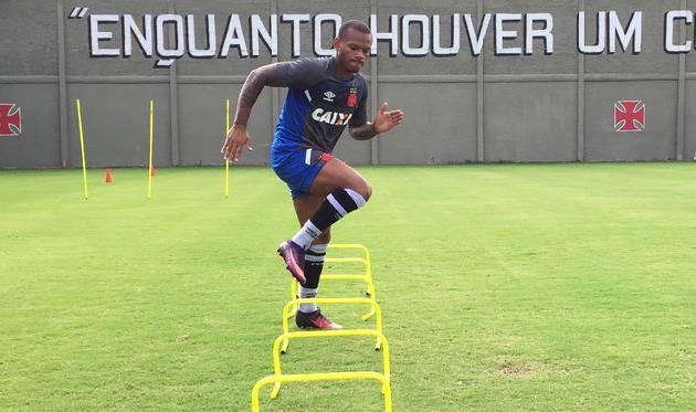 Андрес Эскобар уже тренируется вместе с новой командой, vasco.com.br
