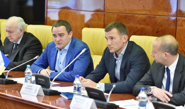 Шевченко встретился с представителями клубов УПЛ, facebook.com/andriy.pavelko