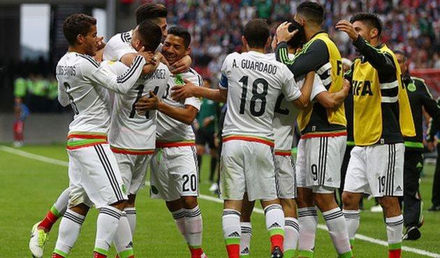 Радость игроков сборной мексики, getty images