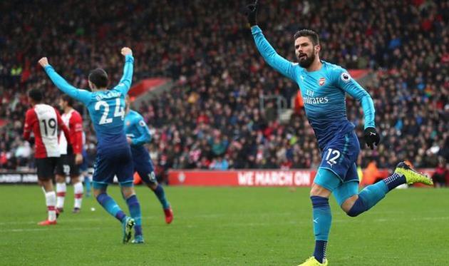 Арсенал вырвал ничью у Саутгемптона и вышел на пятое место