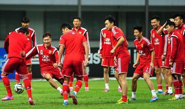 Клубы УПЛ отказались стажировать китайцев
