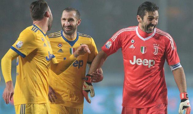 Ювентус переиграл Аталанту в первом полуфинальном матче Кубка Италии