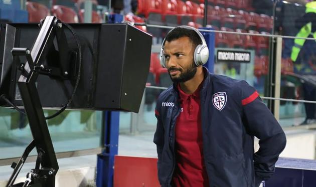 Теперь Жоао Педро будет только смотреть футбол, Getty Images