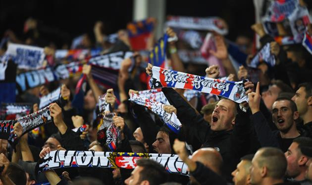 Болельщики Лиона устроили беспорядки перед матчем с ЦСКА, Getty Images