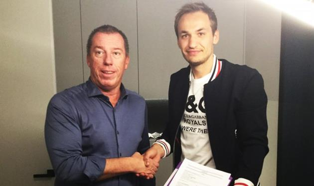 Евгений Макаренко (справа), ФК Андерлехт