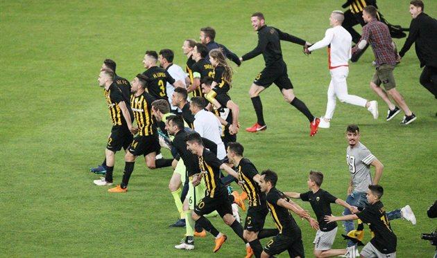 АЕК с Чигринским выиграл греческую Суперлигу впервые с 1994 года