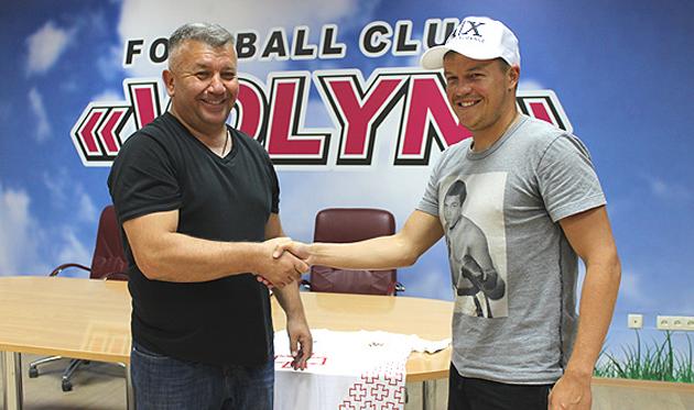 Денис Кожанов (справа), fcvolyn.net