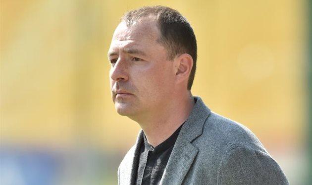 Монарев покинул Зирку со всем тренерским штабом