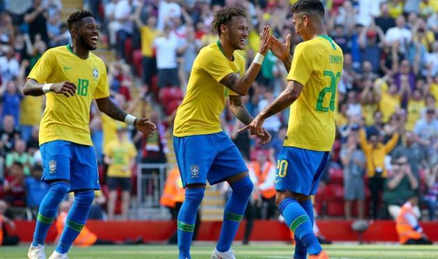 Фред (слева) и Роберто Фирмино (справа) сышрают за сборную Бразилии на ЧМ-2018, Getty Images