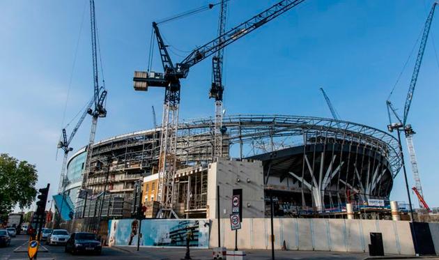 Тоттенхэму нужен третий домашний стадион для матча с Ман Сити