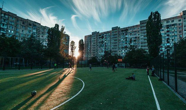 А-БАНК і Mastercard оновили футбольний майданчик в Одесі