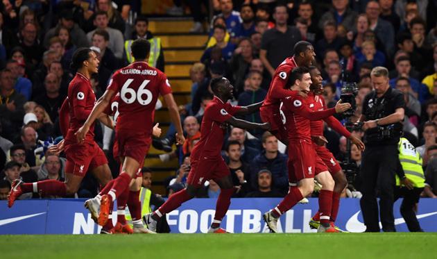 Игроки Ливерпуля празднуют гол Старриджа/Getty Images