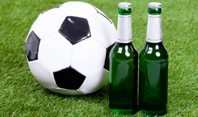 В чем ты разбираешься лучше — чешском алкоголе или футболе?