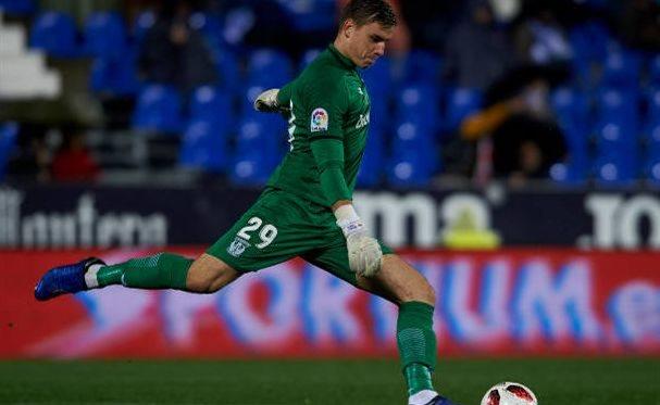 Андрей Лунин в матче против Райо Вальекано, Getty Images