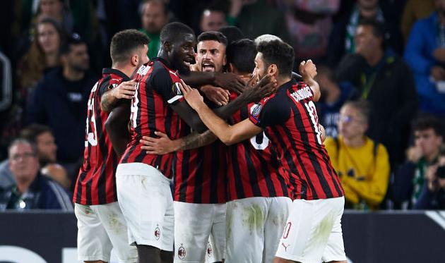 Милан празднует гол Сусо, Getty Images