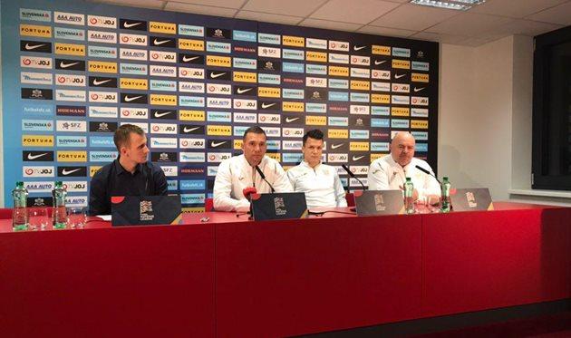 Андрей Шевченко (второй слева), Football.ua