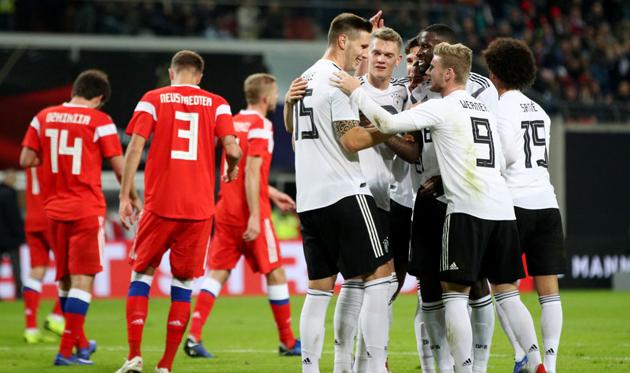 Германия празднует гол Зюле, Getty Images