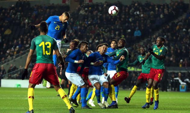 Ришарлисон забил единственный гол, замкнув подачу Виллиана с углового, Getty Images