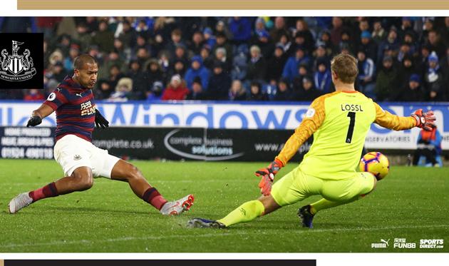 Рондон забивает гол, twitter.com/NUFC