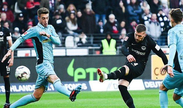 Айнтрахт — Фрайбург 3:1 Обзор матча соперника Шахтера в Лиге Европы