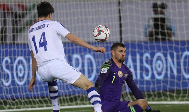 Вратарь Метью Райан стал героем матча против Узбекистана