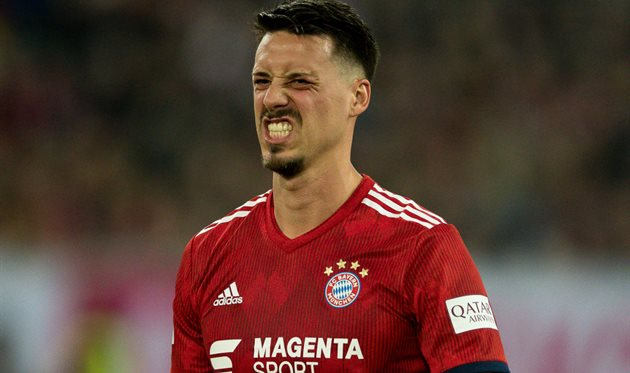 Sandro Wagner, hat pictures