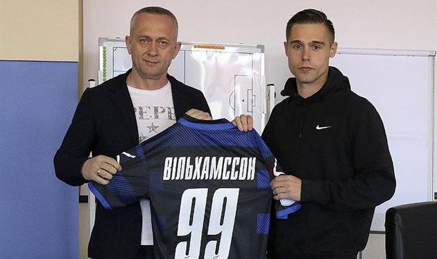 Анатолий Мисюра (слева) и Арни Вильхамссон (справа), фото ФК Черноморец Одесса