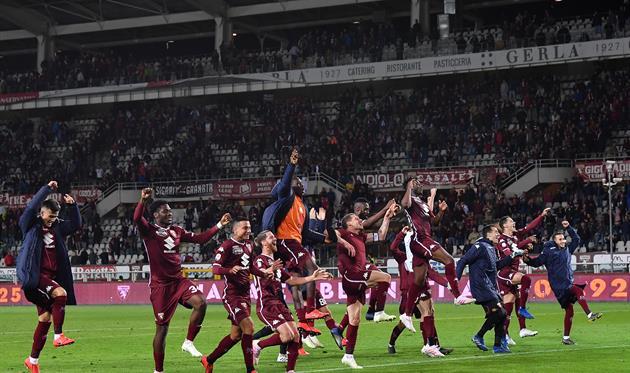 Радость Торино после игры с Миланом, Getty Images