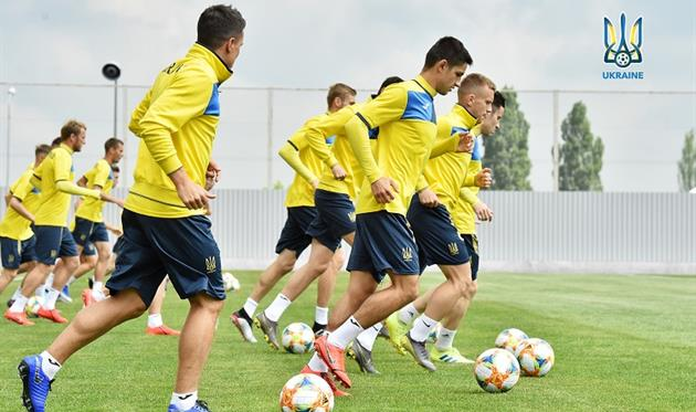 Сборная Украины сыграет товарищеский матч против Днепр-1