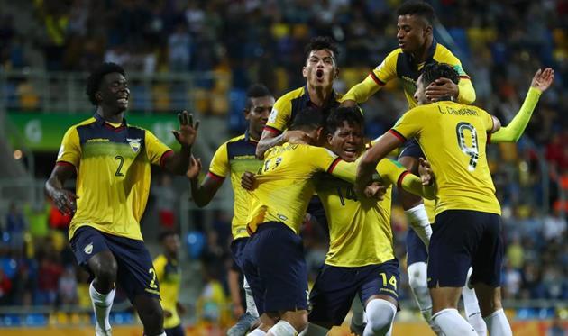 Футбол эквадор бразилия счет [PUNIQRANDLINE-(au-dating-names.txt) 57