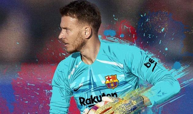 Барселона объявила о переходе Нето