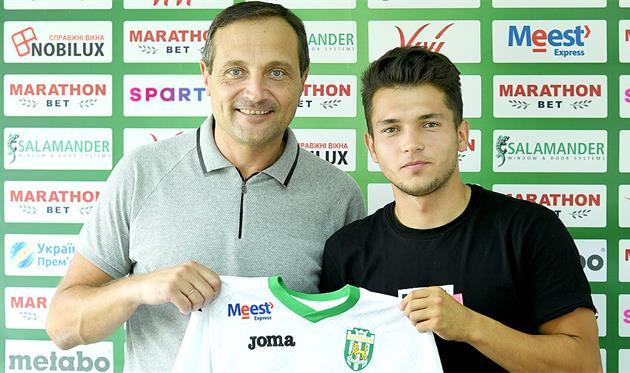 Владислав Дубинчак (справа), ФК Карпаты