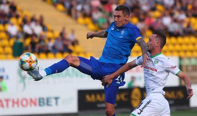 На матч Карпаты — Динамо пришло более 12 тысяч фанатов, средняя посещаемость тура почти 5,5 тыс