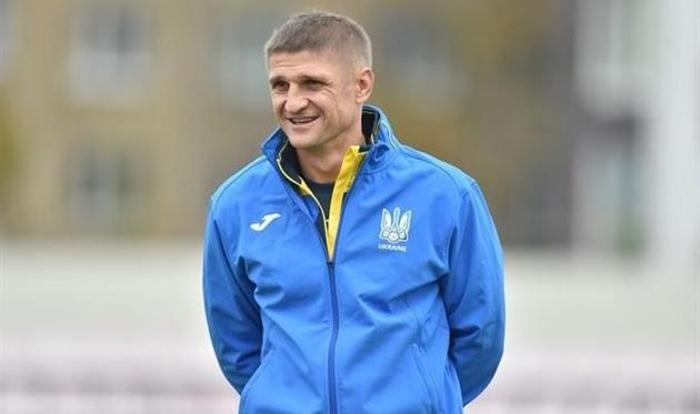 Владимир Езерский, УАФ