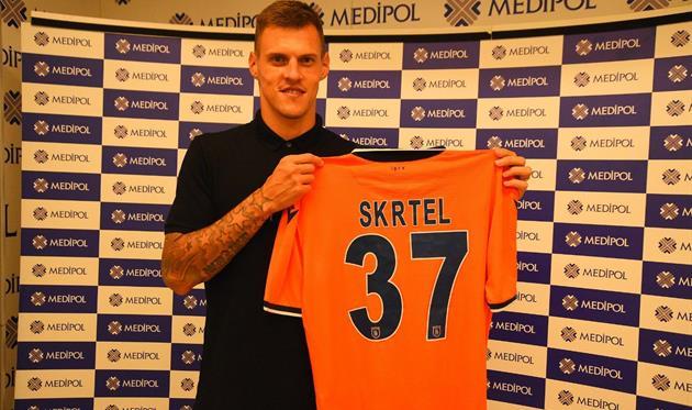 Шкртел вернулся в Турцию после расторжения контракта с Аталантой