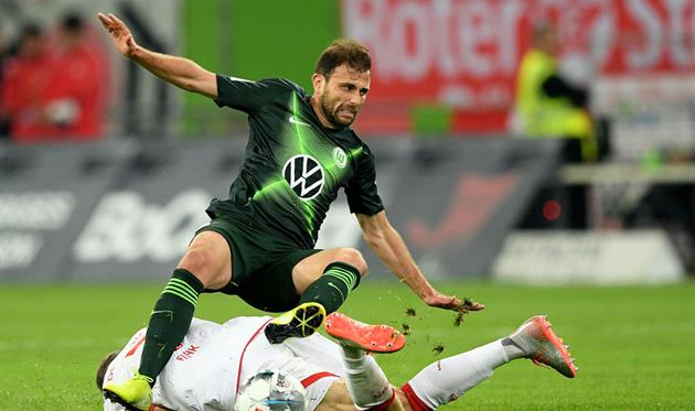 Вольфсбург оступился в Дюссельдорфе перед матчем против Александрии