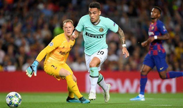 Лаутаро Мартинес забил Барселоне в Лиге чемпионов, Getty Images