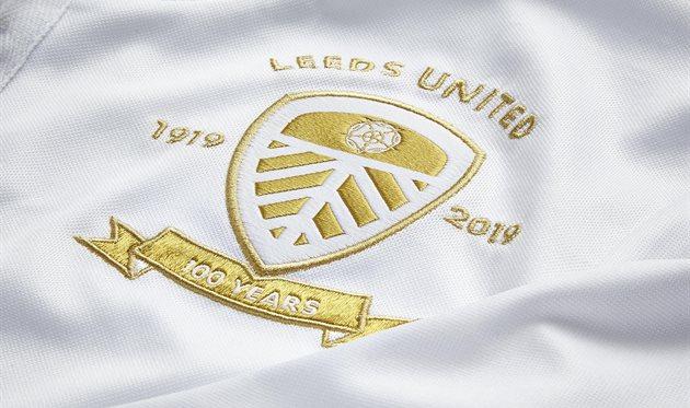 Лидс представил форму к 100-летнему юбилею клуба