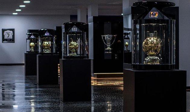 Золотые мячи в музее Криштиану Роналду, getty images