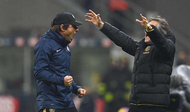 Антонио Конте (слева), фото ФК Интер