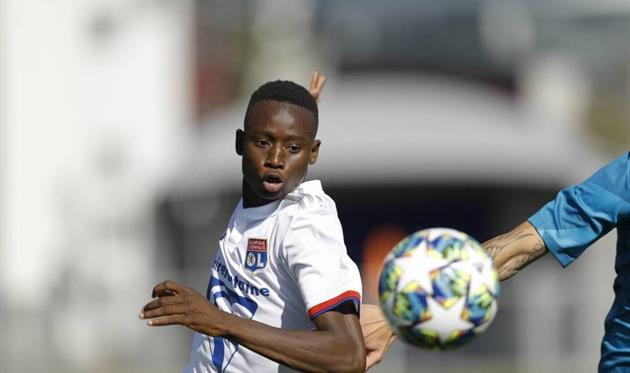 Яя Сумаре, фото France Football