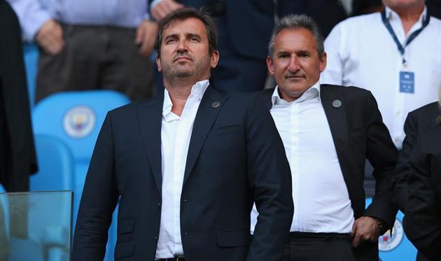 Ферран Сориано и футбольный директор Манчестер Сити Чики Бегиристайн, Getty Images